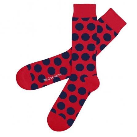 chaussettes-rouges-pois-bleus-dot-com