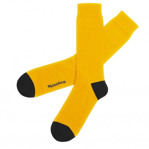two-tones-yellow.and-black-socks-new-york-cab