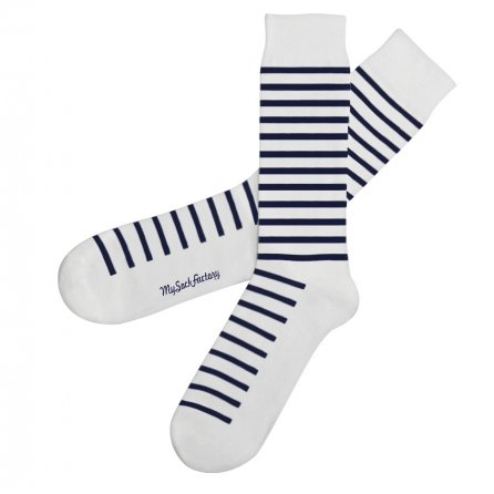 awesome-striped-socks-the-hamptons-presentation