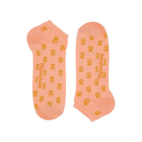 wacky-low-socks-pineapple-patterns-women
